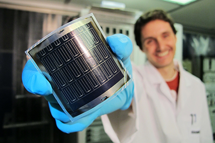 High-efficiency flexible CIGS solar cells on polyimide film