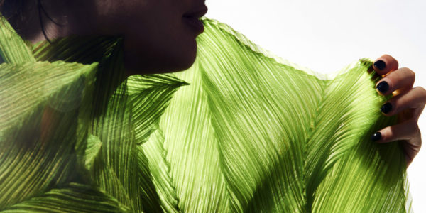 Photo: Woman with green scarf, Photographer Gianni Diliberto